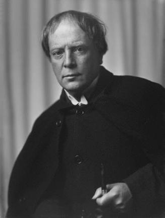 Arthur_Machen_circa_1905